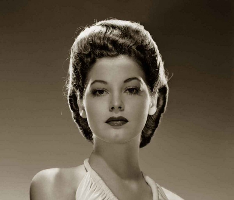1940s-Hairstyles-Memorable-Pompadours-Ava-Gardner-768x657