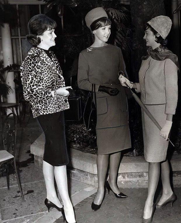 1962-press-photo-new-orleans-fashion-mannequins-5333e32c7e6aad81