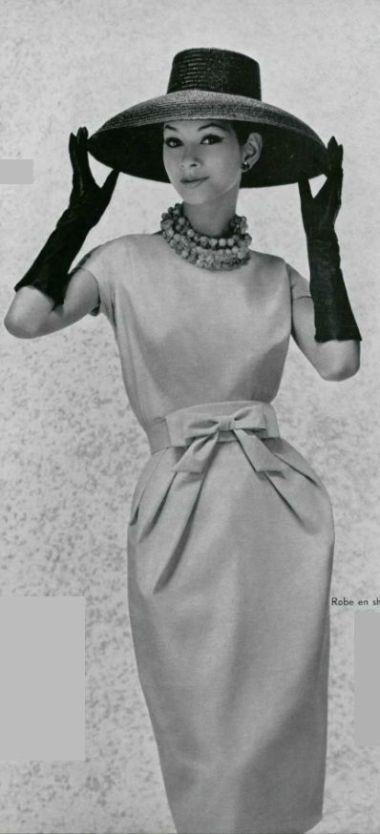ef090a51b3b83eeb98b12c2787883f18--vintage-hats-retro-vintage